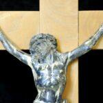 Un crucifix témoin de notre